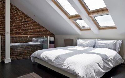 Design av et moderne soverom på loftet: 35 fotoeksempler