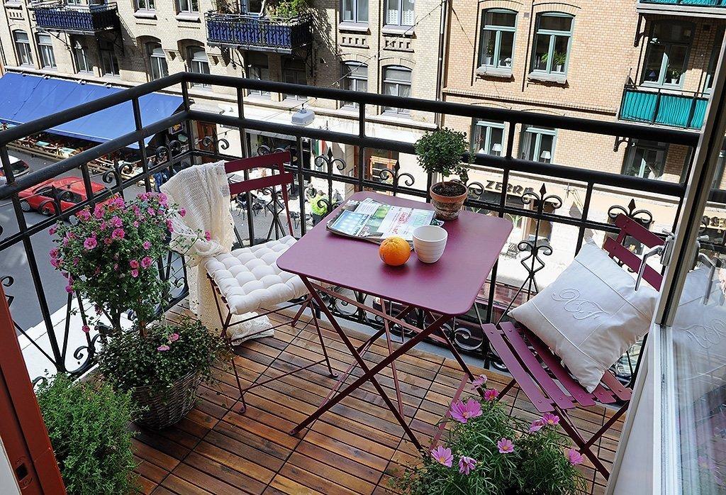 Nydelig design av den åpne balkongen