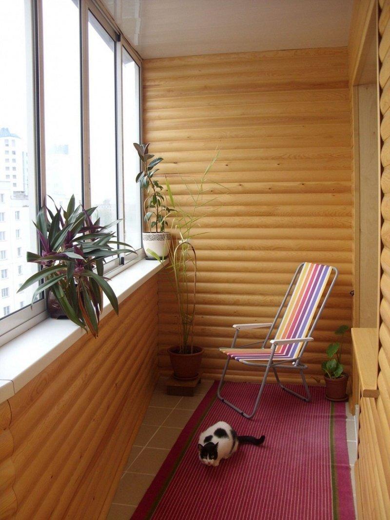 Foring i det indre av balkongen