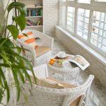 Hvitt balkonginnredning