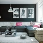 Perne roz pe o canapea gri