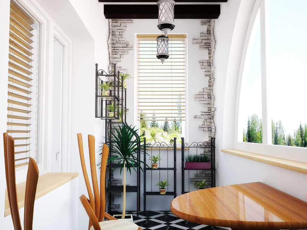 Interessant design av en liten balkong med steinfliser på veggen