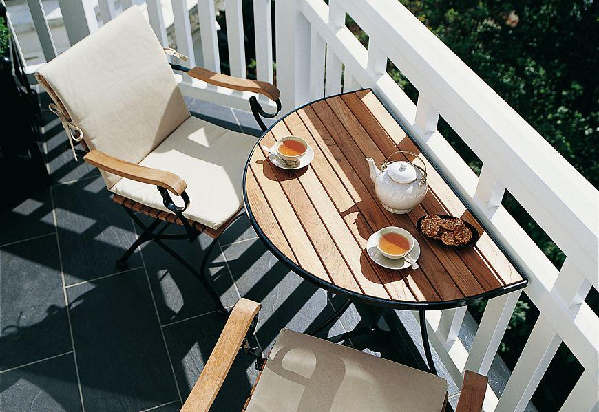 Kaffe flekk på den lille balkongen
