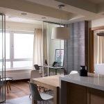 Moderne kjøkken i leiligheten