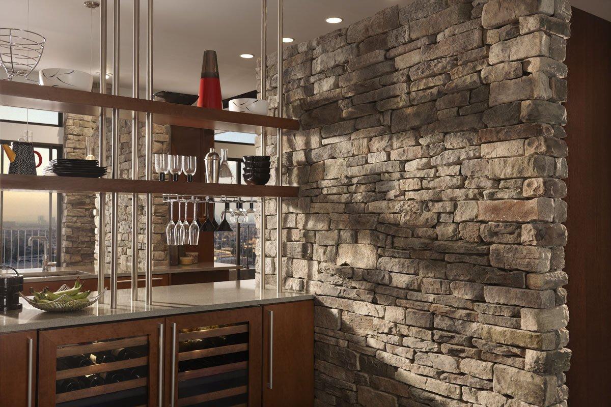Comptoir de bar dans la cuisine