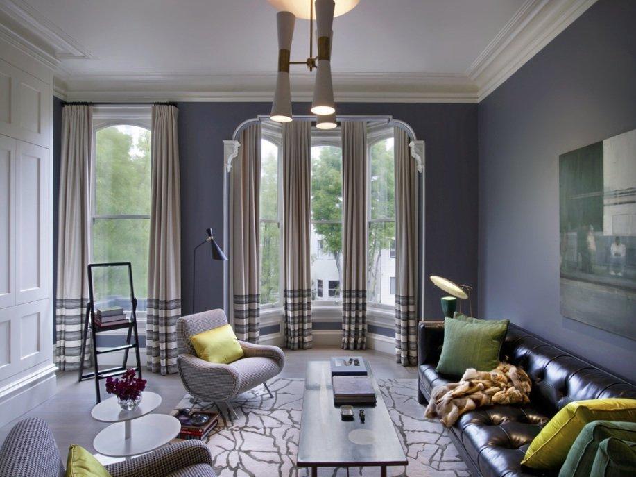 Salon avec disposition parallèle