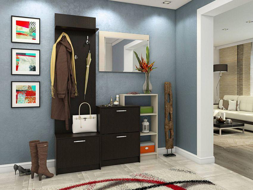Intérieur avec un petit couloir