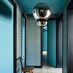 Couloir de couleur turquoise