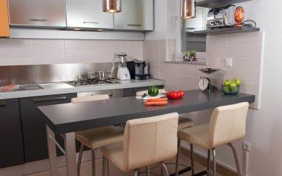 Cara membuat kaunter bar dengan tangan anda sendiri di dapur