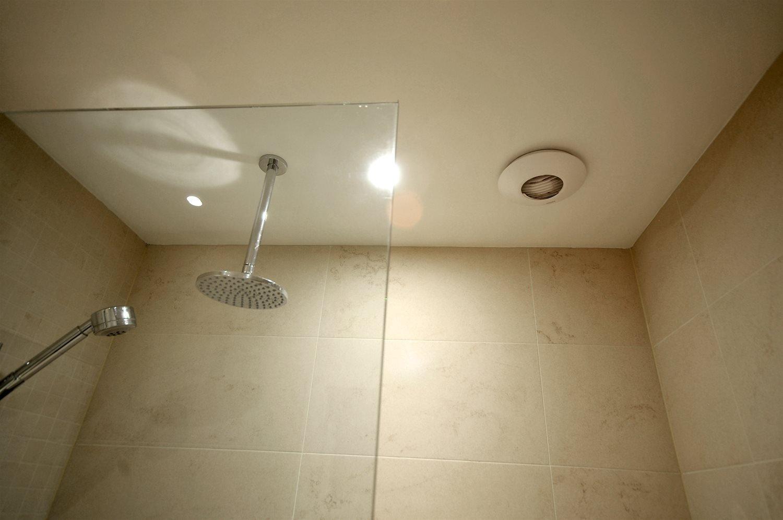 Ventilation ronde dans la salle de bain