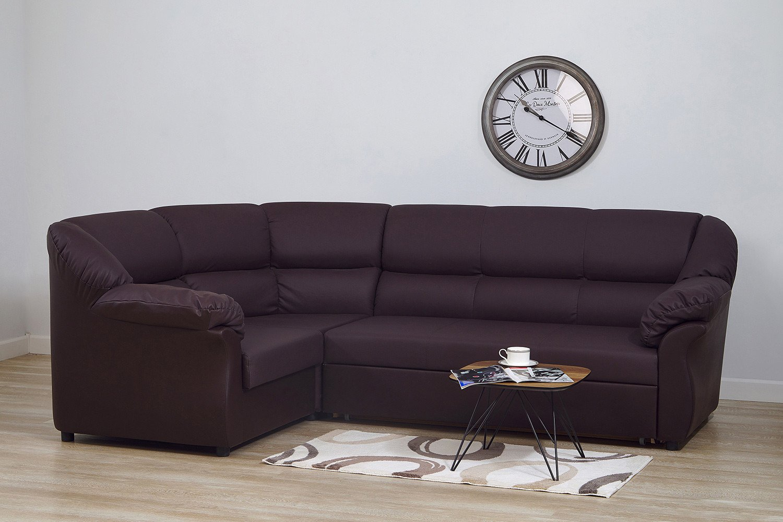 Housse en cuir sur un canapé d'angle