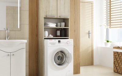 Garderobe for vaskemaskin på badet