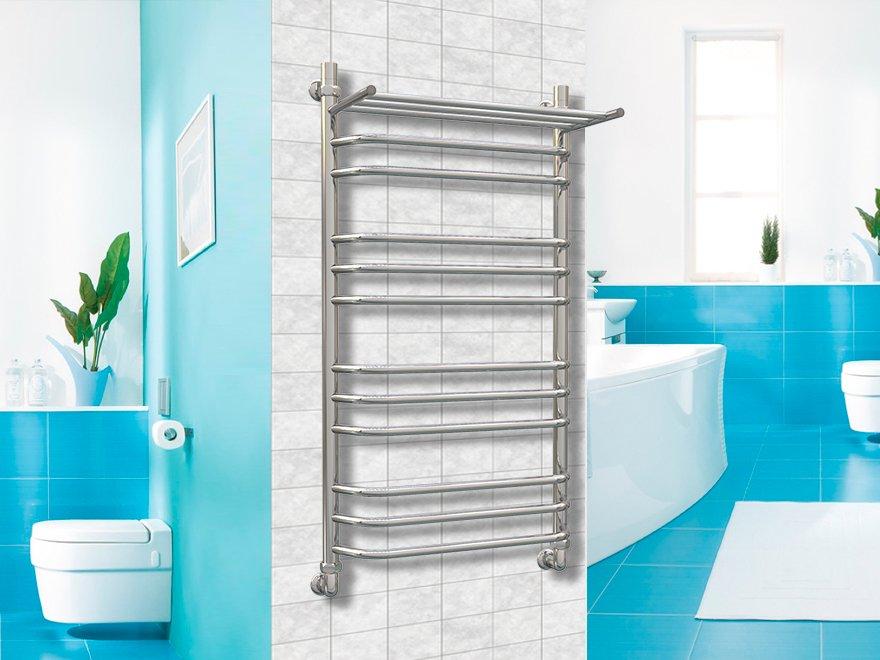 Porte-serviettes chauffant sur le mur