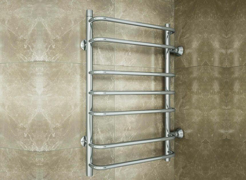 Porte-serviettes chauffant en métal