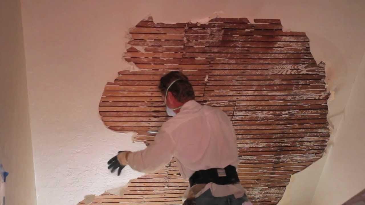 Mur en bois stuc