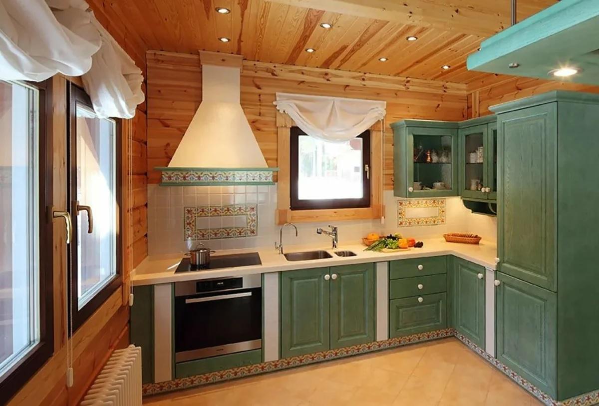 Cuisine dans une maison en bois